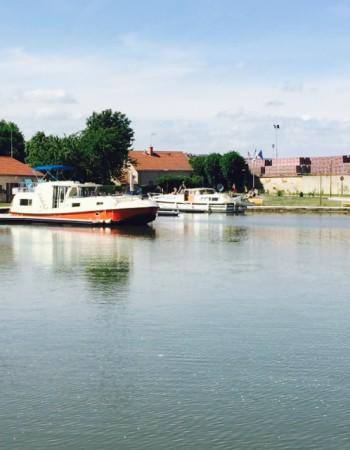 Ville de Chagny   –   Port du Canal